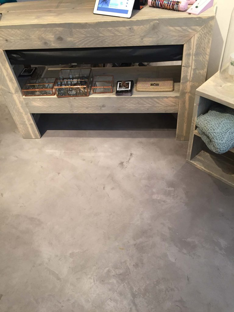 Fußboden in Beton Optik
